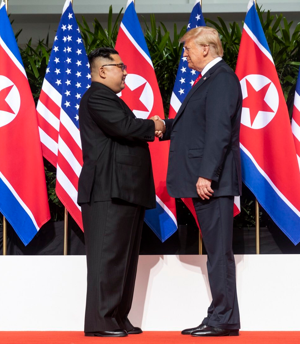 Kim_and_Trump_shaking_hands_Singapore_Summit